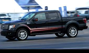 The optional 6.2-liter V8 in the 2011 Ford F-150 cranks out 411 hp.