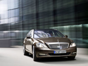 The 2010 Mercedes-Benz S-Class. (Image courtesy Mercedes-Benz.)