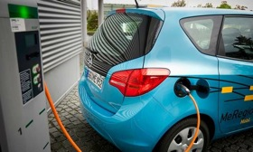 Electric cars can take power from the grid, or feed it back when needed. (Image courtesy of AutoWeek.)
