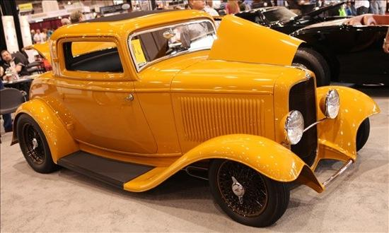 A 1932 Ford coupe hot rod. (Photo by MSN Autos.)