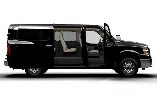 The Nissan NV3500 HD Passenger Van. (Image courtesy of Nissan.)