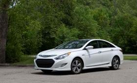 The 2011 Hyundai Sonata Hybrid. (Photo by Hyundai.)