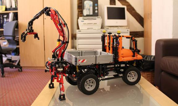 Lego Unimog in the office