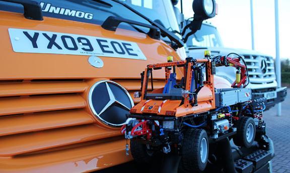 MB Unimog U300 - DX Trucks | SUV | Haulers - DiecastXchange com