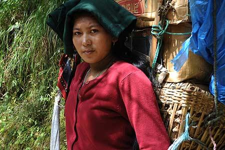 Mujer Sherpa. Foto: Sebastián Álvaro