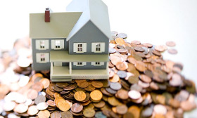 The lower price of foreclosures can be appealing to home seekers, but there are five things to keep in mind in the current market. (© Robert Llewellyn/Corbis)