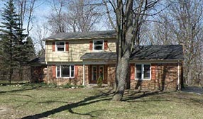 Madonna's childhood home in Rochester Hills, Mich. (© Realtor.com)