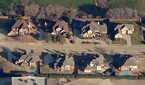 Waterford Drive, Flower Mound, Texas (© 2011 Microsoft Corporation/Pictometry Bird's Eye)