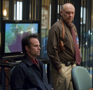 Walton Goggins, Nick Searcy