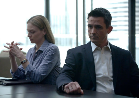 Kristin Lehman, Billy Campbell in The Killing