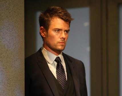 Josh Duhamel returns to 'All My Children' Aug 4 2011 (ABC/Rick Rowell)