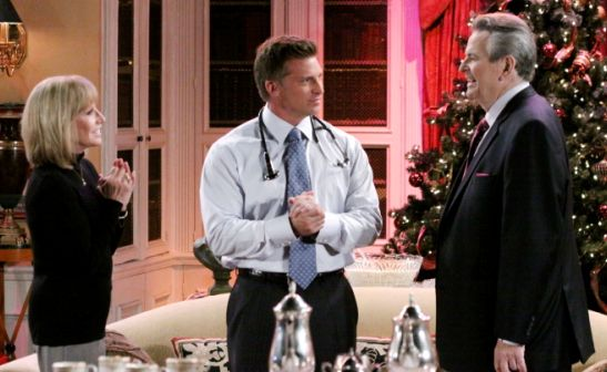 Steve Burton Suits Up for Stuart Damon's 'General Hospital' Return