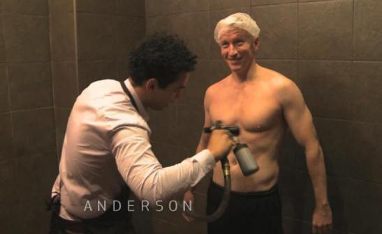 Anderson Cooper meets up with Snooki for a spray tan