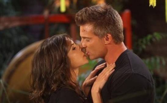 Jason (Steve Burton) and Sam (Kelly Monaco) say I do