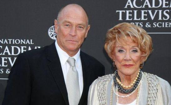 Corbin Bernsen and Daisy Duke to 'The Young and the Restless'