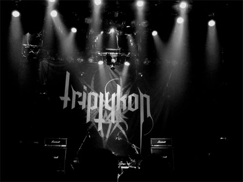 Triptykon stage backdrop