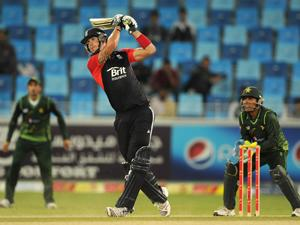 Kevin Pietersen launches a six against Pakistan (Gareth Copley-Getty Images Sport)