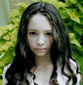 "Jodelle Ferland will play a newborn in ""Eclipse."""
