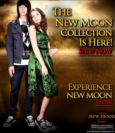 """New Moon"" at Hot Topic"